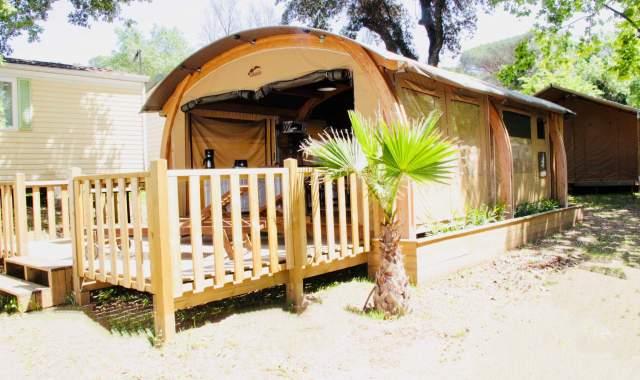 Une belle variété de mobil-homes, chalets et tentes est à découvrir au camping Site de Gorge Vent.